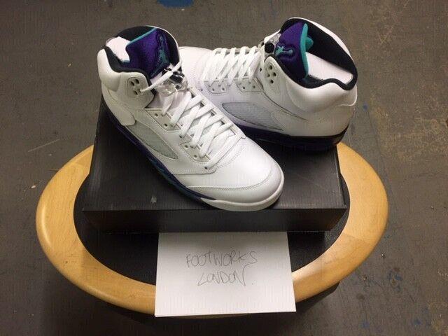 Nike Air Jordan 5 5 5 BIANCO SMERALDO Uva UK Nuovo di Zecca 8.5 Stati Uniti 9.5 | Alta qualità ed economia  | Uomini/Donna Scarpa  19df84