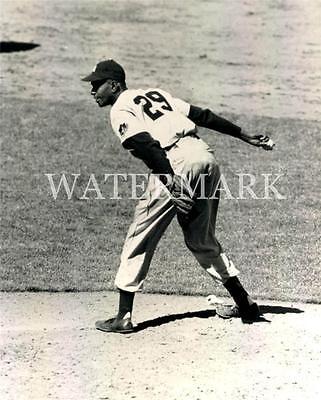 Leroy Robert Satchel Paige Game Action Cleveland Indians 8x10 Photo Baseball