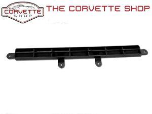 c3 corvette upper dash pad center defrost vent grille