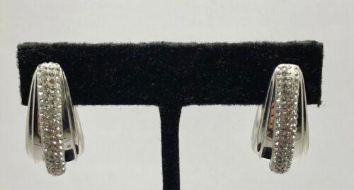 Sterling Silver émail Blanc Zircone cubique Pave Demi Créoles Courbée Groove Clous Post Boucles d/'oreilles
