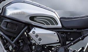 2-PROTECCIONES-LATERAL-3D-DEPoSITO-compatible-para-MOTO-XSR-700-YAMAHA-XSR700