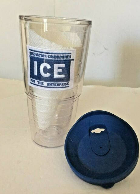 Tervis 1305111 Project Paws I Love Big Mutts and I Cannot Lie iHeartdogs 24 oz Water Bottle with navy lid Clear