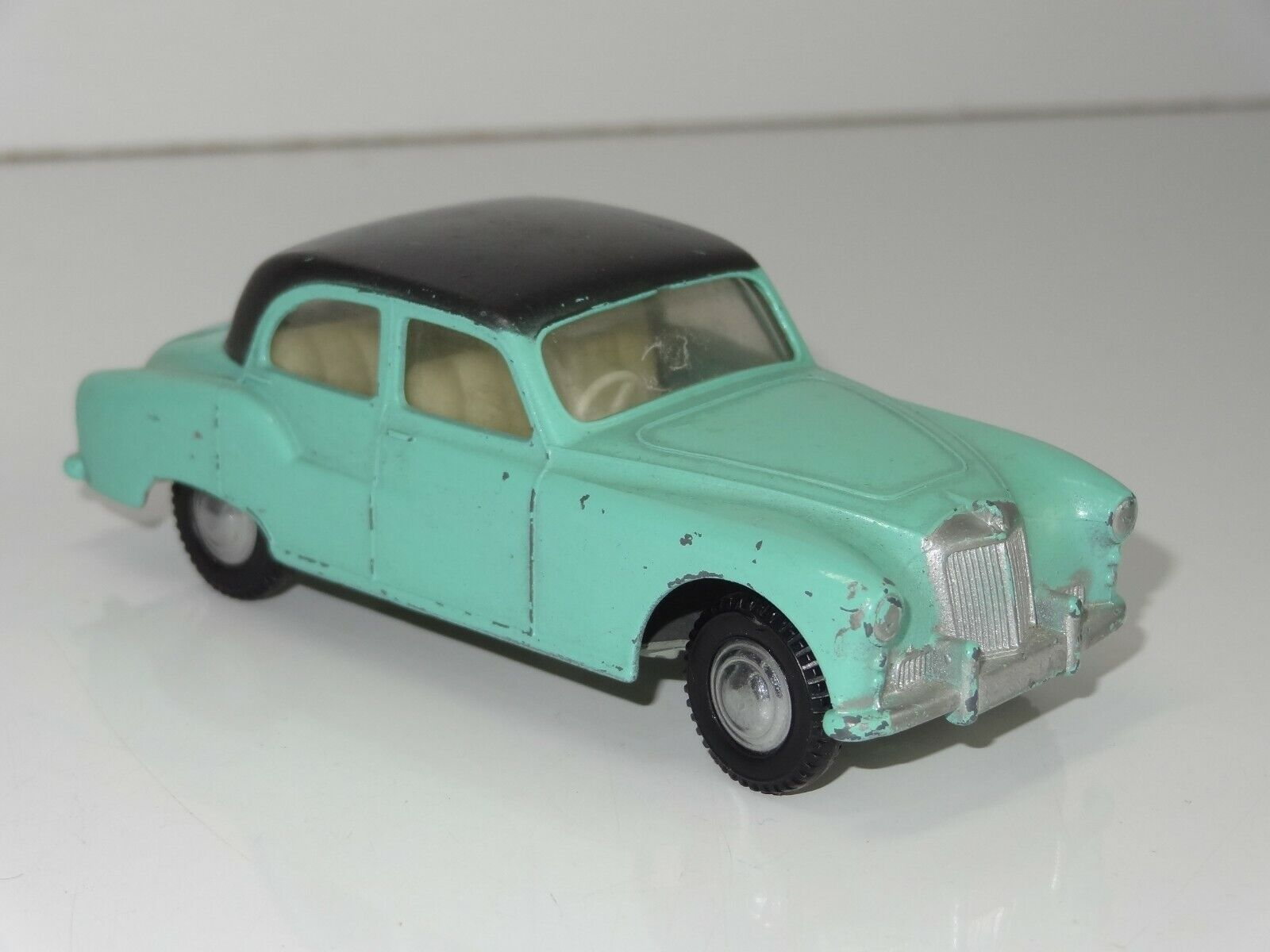 (W) TRIANG Spot on ARMSTRONG SIDDELEY Sapphire - 101