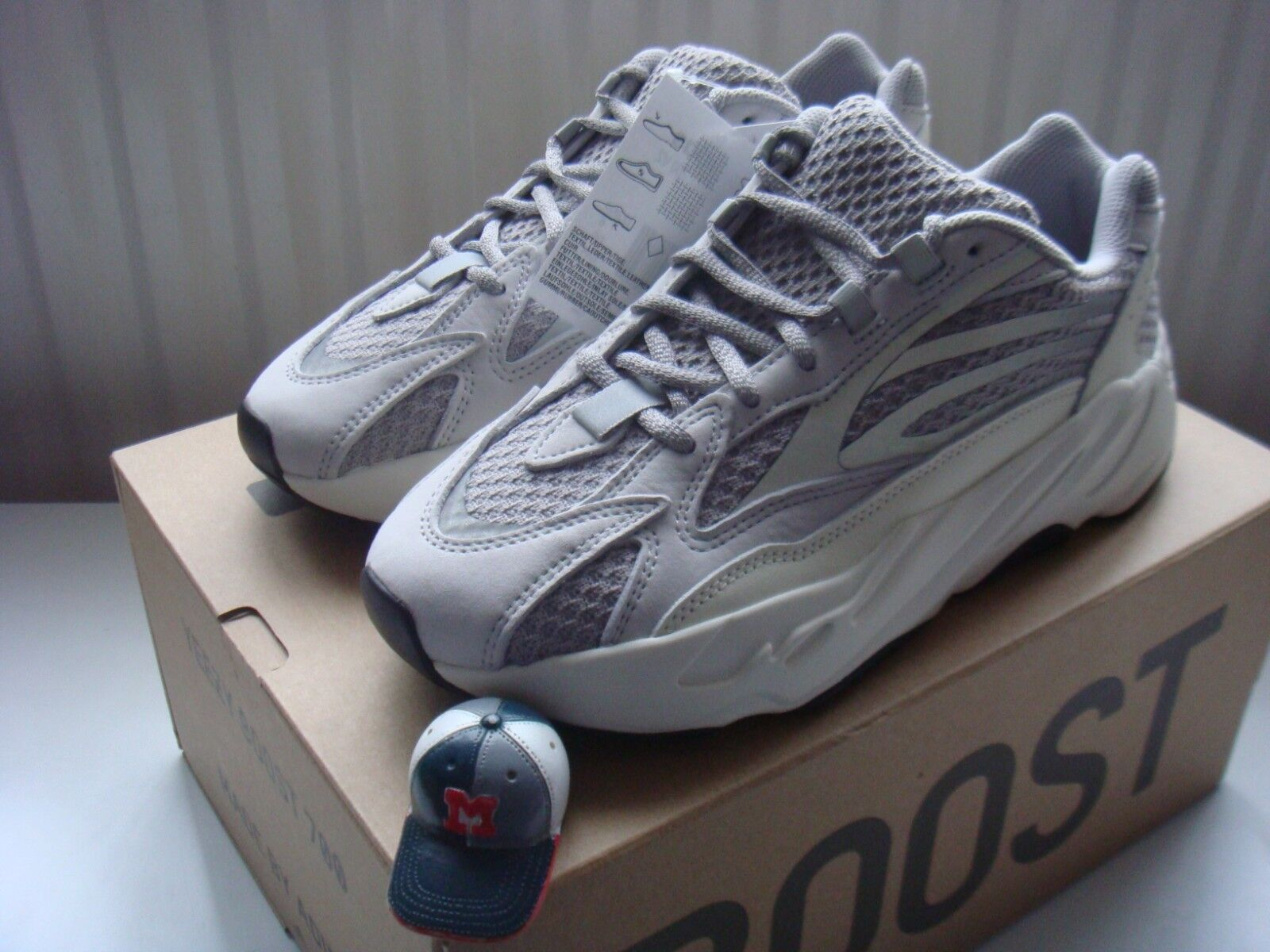 Adidas Yeezy Boost 700 V2 Static US 11   3 YZY Kanye OG Inertia