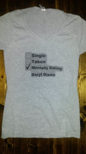 THE WALKING DEAD TSHIRT SIZE S,M.,L,OR XL WHITE OR GRAY DATING DARYL DIXON