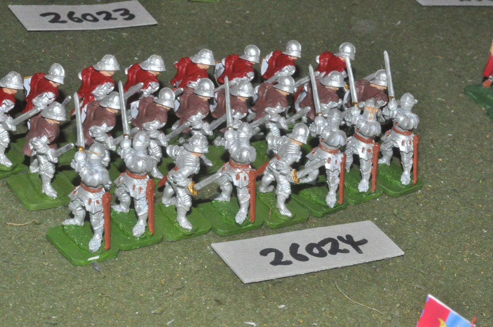 25mm medieval inglés-Men at Arms 24 figuras-INF (26024)