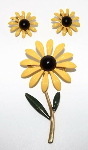 Vintage Flower Brooch Pin & Clip Earrings Set MOD