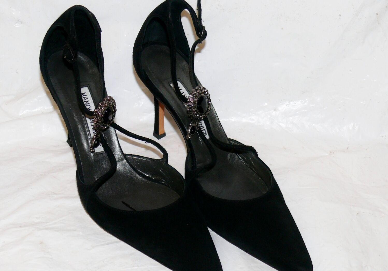 Zapatos de tacón alto Manolo Blahnik de de de Terciopelo Negro Charol Tacón Alto Para Mujer Talla 7 38 Italia usado en excelente estado  precio razonable