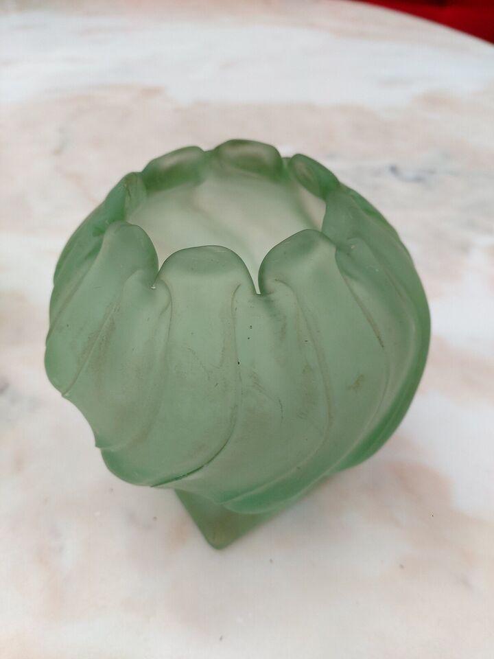 Glas, 2 stk grønne vaser
