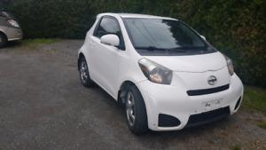 Toyota Scion iq 2012 à vendre