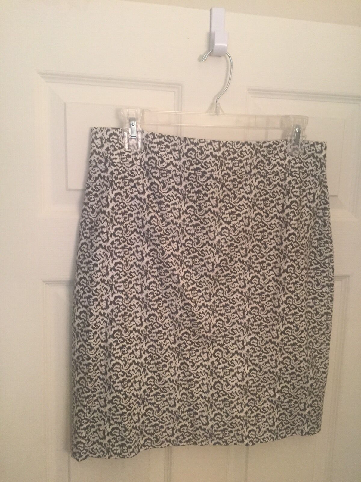 NWT J. Crew Pencil Skirt, Size 8, Fully Lined.