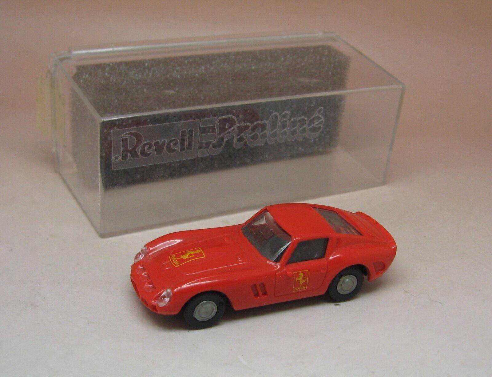 PRALINE REVELL FERRARI GTO MINT with box ORIGINAL 1 87