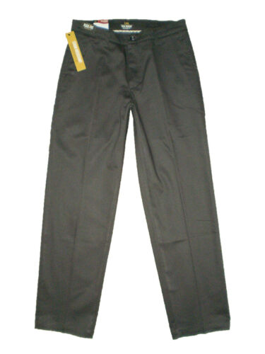New LEE Men/'s Total Freedom Stretch Relaxed Fit Flat Front Pant