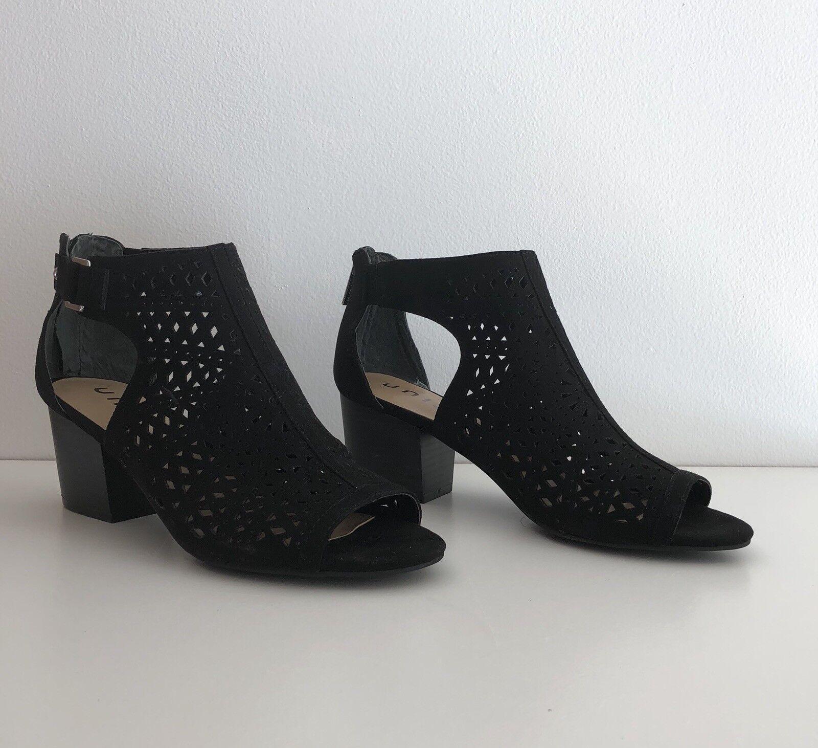 UNISA Women's shoes 8.5 Black Fabric NEW