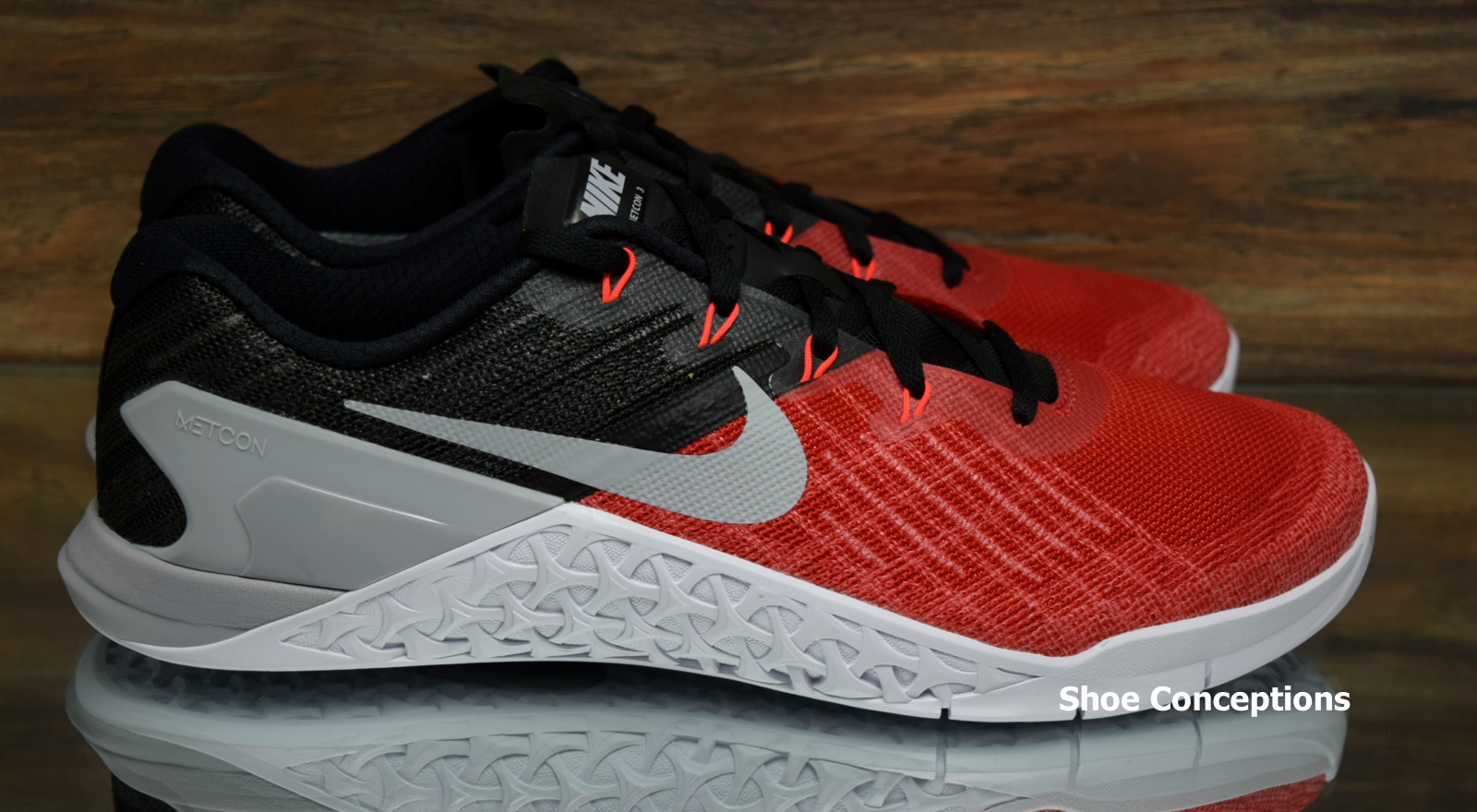 a88d5d8f26fe6 ... Nike Metcon 3 Red Grey Black 852928-600 Training Training Training  Shoes Men s Multi Size ...