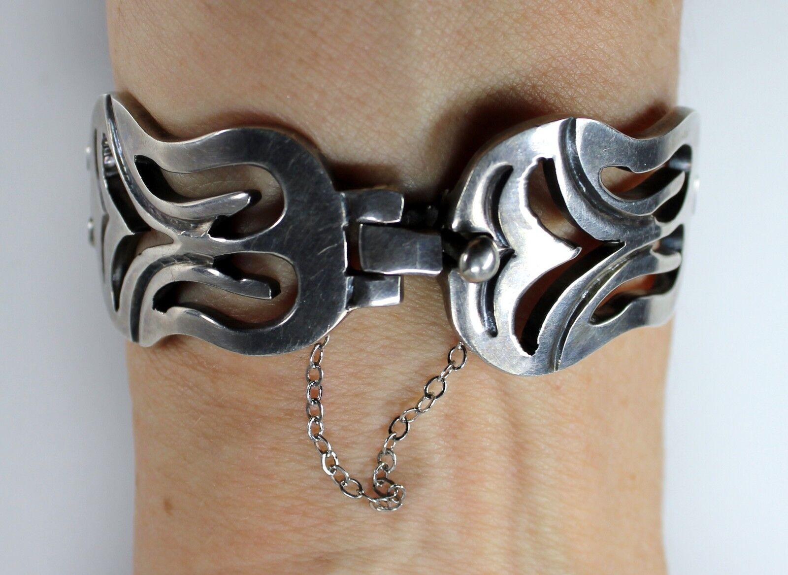 BETO SIMPLE ELEGANCE vintage Mexican sterling silver connecting leaves bracelet