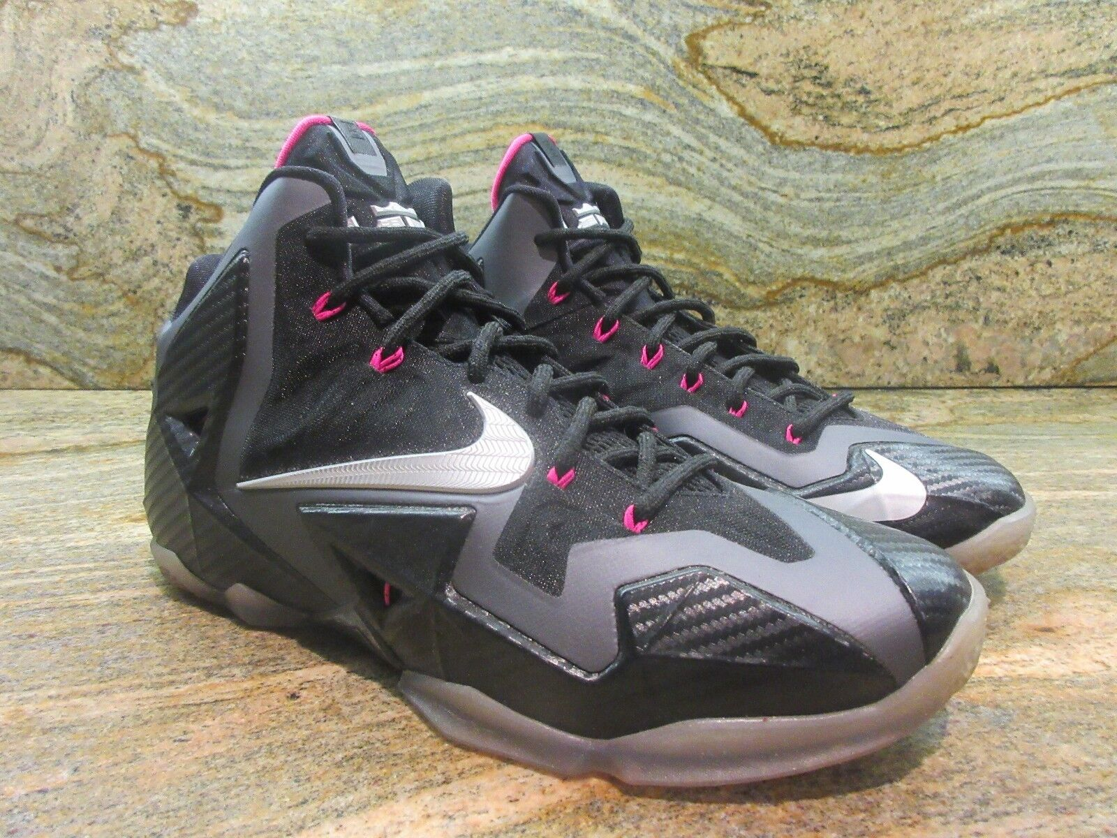 hot sale online 960be 38591 2013 Nike Lebron 11 XI Sample SZ 9 9 9 Miami Nights Carbon Fiber Promo James