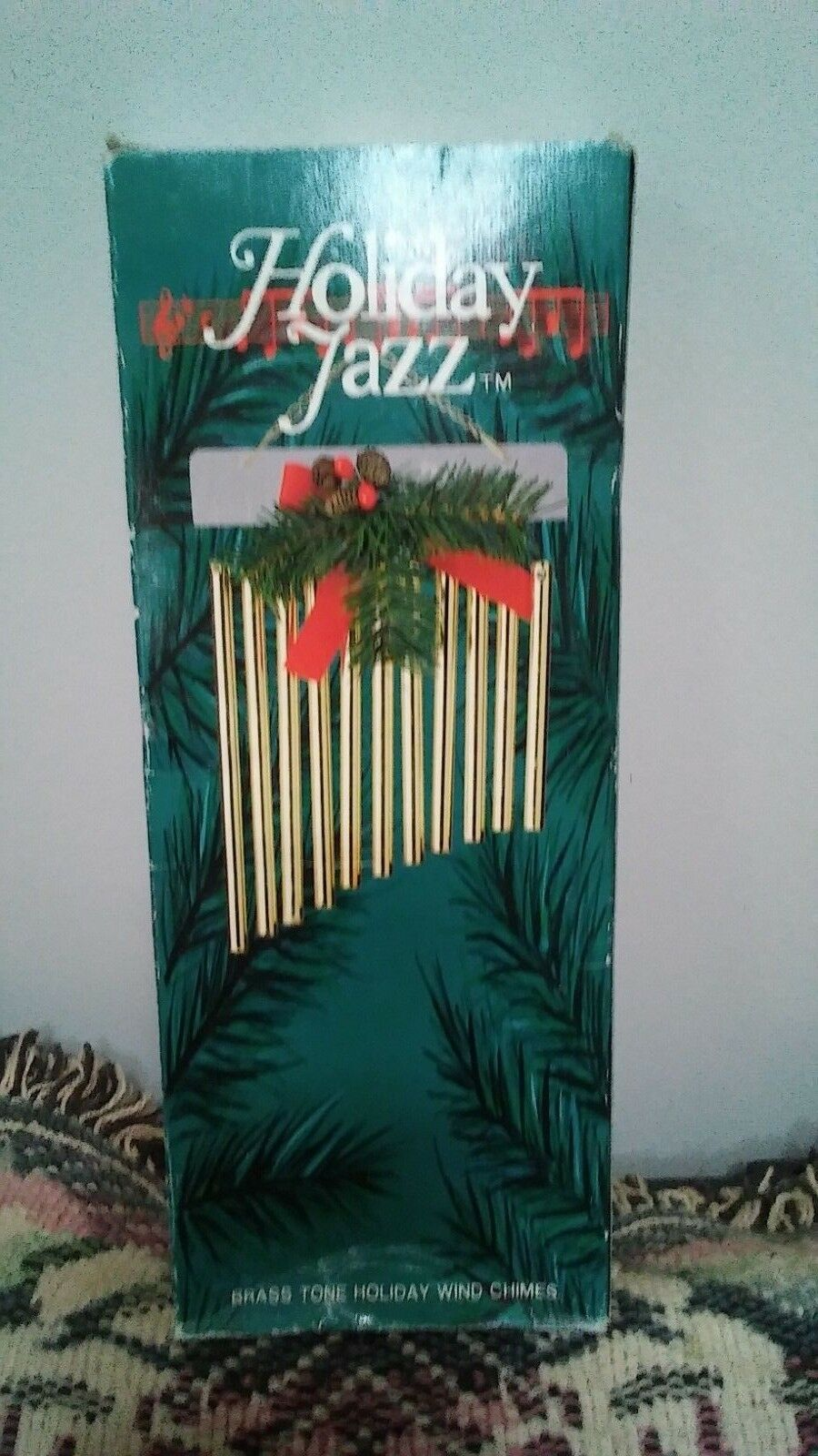 HOLIDAY JAZZ WIND CHIME WINTER OUTDOOR DECOR MADE IN TAIWAN WITH ORIGINAL BOX