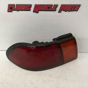 95 96 97 98 99 Nissan Sentra Original Left Driver Side Tail Light Assembly 1