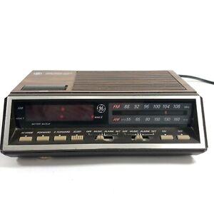 General-Electric-FM-AM-Dual-Alarm-Clock-Radio-GE-Model-7-4616A-Vintage-Tested
