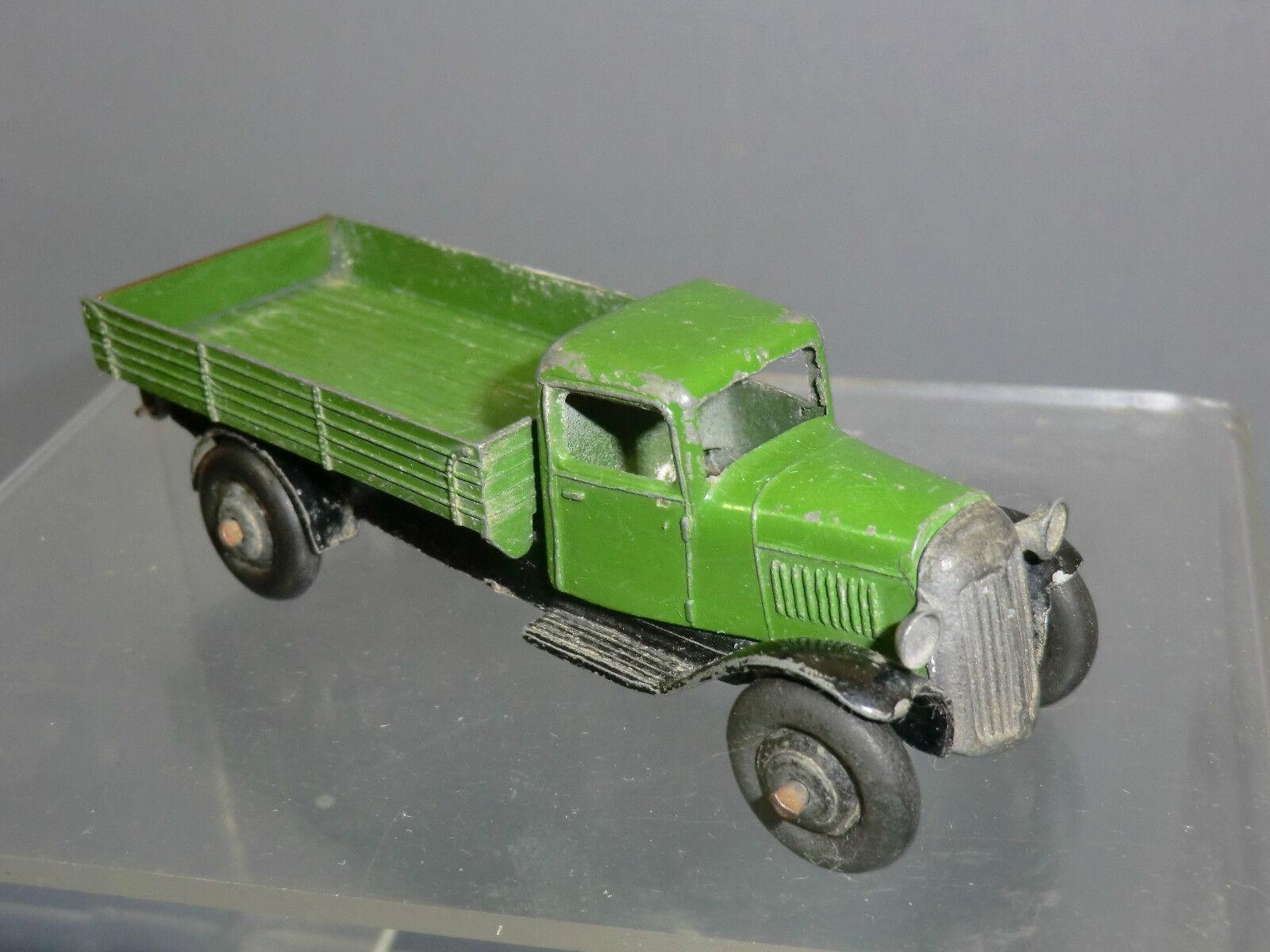 Ein schäbiger spielzeug modell no.25e trinkgeld wagen  dunkelgrüne version