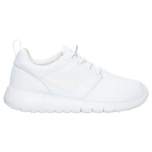 info for 9c4e4 09e02 Youth Nike Roshe One White Wolf Grey 599729102 S 6.5 for sale online   eBay