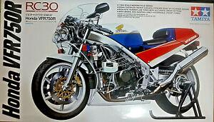 Juste Honda Vfr750r Rc30 - Tamiya Kit 1:12 14057 - Nuovo Apparence Attractive