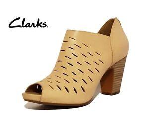 Piumino sandali punta caviglia in 42 alla punta beige Clarks 8 pelle Sz Stivaletti a Bnib e con OwqP5BO
