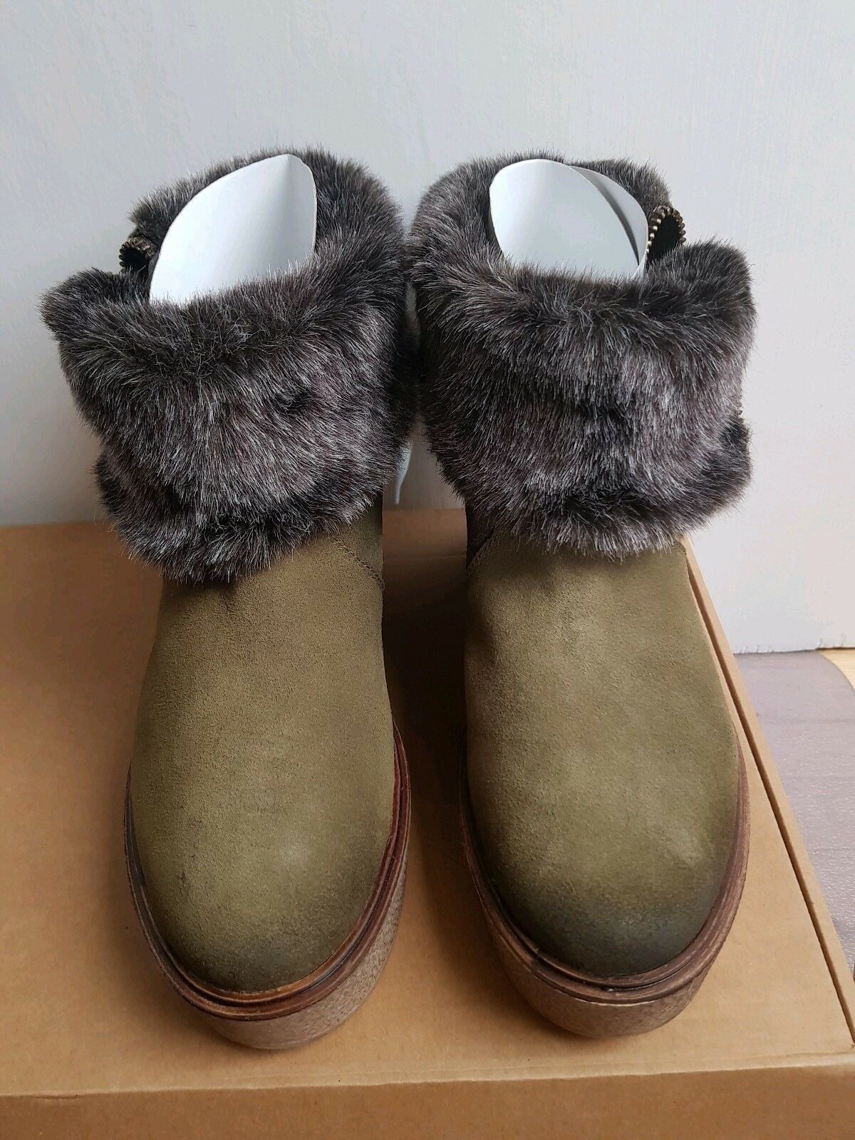 DNA Forest Grün Suede Fur Lined Zip Fold Over Wedge Stiefel UK 5 NIB