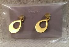 FASHION ROYALTY JEWELRY IN ROUGES ERIN EARRINGS ONLY: GOLD TONE DANGLE