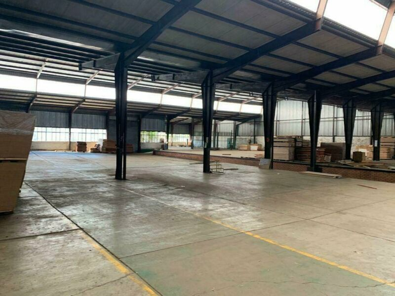 26,432SQM MANUFACTURIING PLANT TO LET, ROSSLYN
