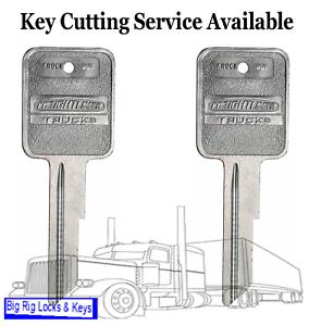 Details about Qty2 Freightliner Logo Key Blank Ignition Door Medium Duty  Truck Strattec 322337