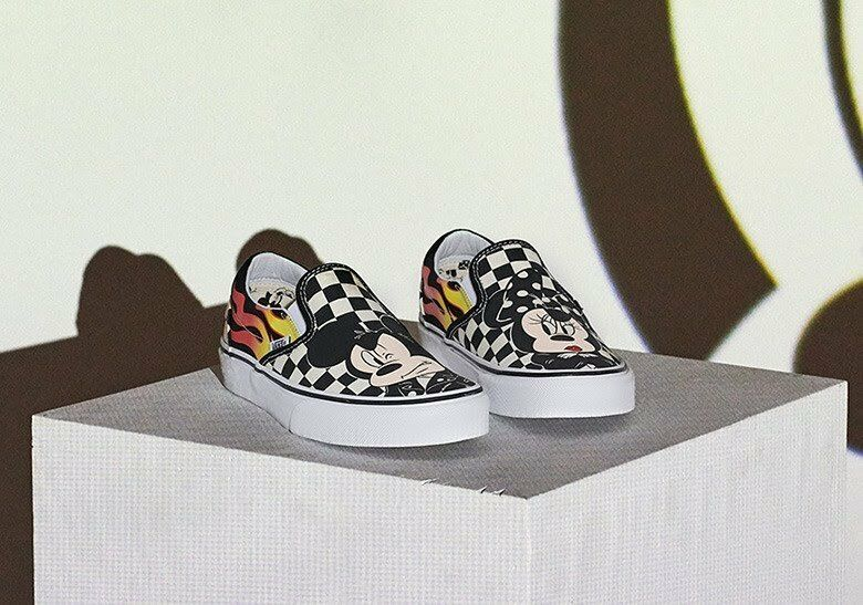 495912b64 ... Nuevo En En En Caja Vans Limitada 90th Aniversario Disney Mickey    Minnie cheque Slip On ...