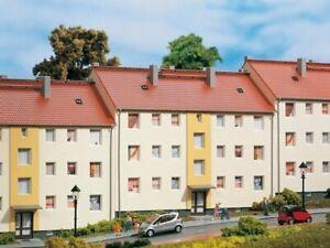 Auhagen-11402-Mehrfamilienhaus-in-H0-Bausatz-Fabrikneu