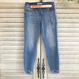 Cello-Capri-Jeans-Mid-Rise-Distressed-Frayed-Hem-Light-Wash-Denim-Juniors-Size-3