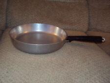 """VINTAGE CLUB ALUMINUM SKILLET FRYING PAN-10""""-OLDER ROUND HANDLE-VERY NICE CONDIT"""