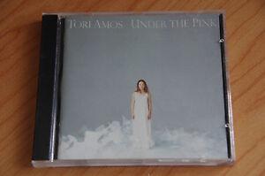 Tori-Amos-Under-The-Pink-REF-BOX-C14