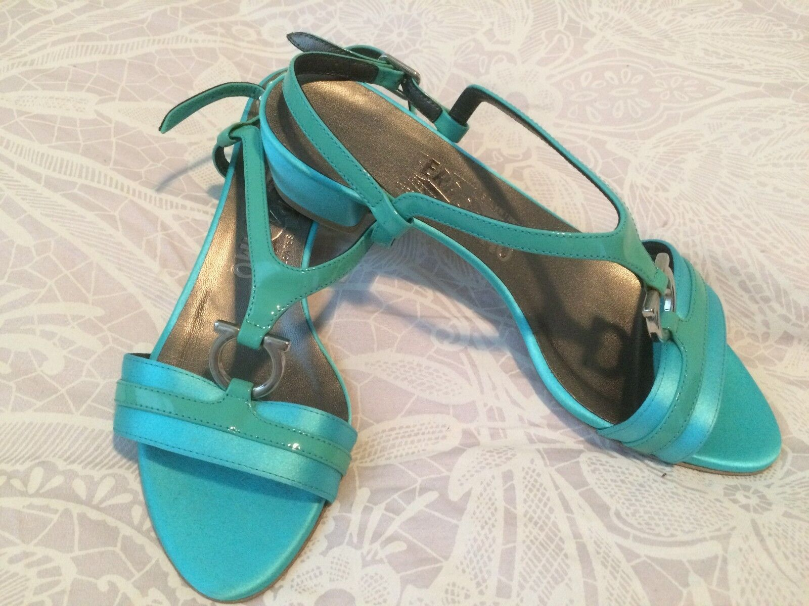 Vintage Salvatore Ferragamo shoes...Size 3...Original and New
