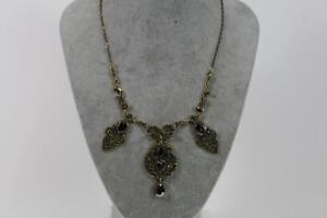 Grosses-Prunk-Collier-Halskette-Schmuckmetall-Steinbesatz-Markasiten-Barock-Stil
