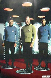 Vintage-Classic-Star-Trek-Crew-in-Transporter-Poster-UNUSED-ROLLED