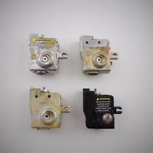 Sealed-Air-Speedypacker-Instapak-Mixing-Block-Set-Lot-of-4