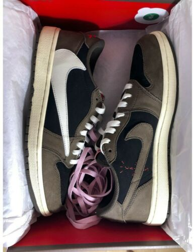Travis Scott Jordan 1 Low size 10