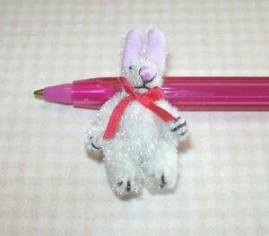 Miniature-Wee-WHITE-Fuzzy-Easter-Bunny-Rabbit-Jointed-Red-Bow-DOLLHOUSE-1-12