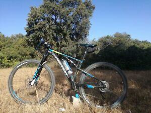Bicicleta de montaña 29 Talla M Doble Suspensión Merida