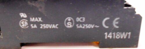 OMRON 24 VDC 250 VAC MAX SOCKET 1418W1 5 AMPS TYPE MY4N LOT OF 3 RELAY