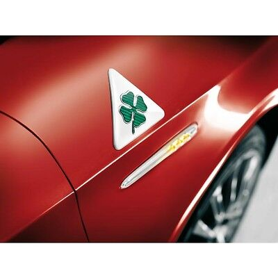 PAIR Brand New Genuine Alfa Romeo MiTo Green Cloverleaf Wing Badges 71806061
