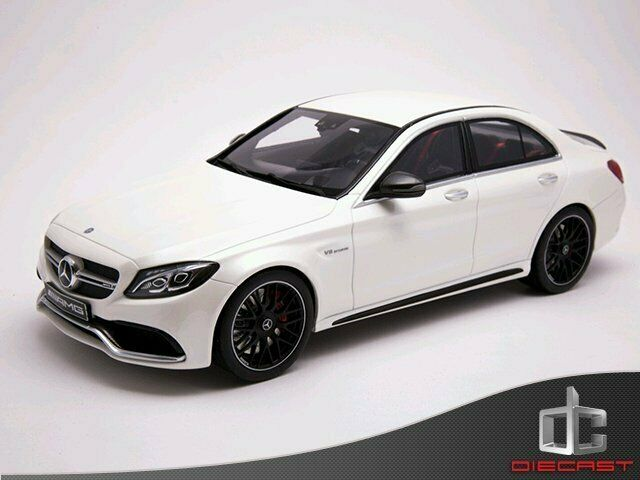 1 18 GT Spirit Mercedes-Benz C63s AMG White Dealer 1000pcs