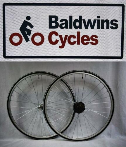 PAIR 700c Narrow Q//R Wheels WHITE 700c x 23c Lugano Tyres /& 6 Speed FreeWheel
