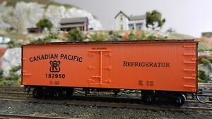 Roundhouse-MDC-Canadian-Pacific-Old-Time-36-039-Reefer-Upgraded-Exc