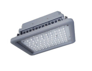 CREE 110 watt LED Area Shoe Box Street Light 5000K DLC 9374 Lum SlipFitter
